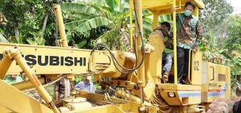 Herman Deru Gelontorkan Bantuan Untuk Infrastruktur di OKU Timur