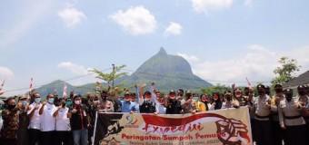 Herman Deru Lepas Tim Ekspedisi Sumpah Pemuda ke Bukit Serelo